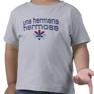 Colores de la bandera de Una Hermana Hermosa Cuba Camisetas