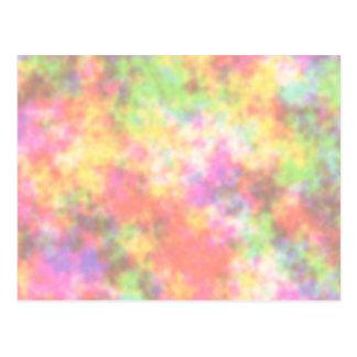 Colores del arco iris. Bonito, nubes coloridas Postal