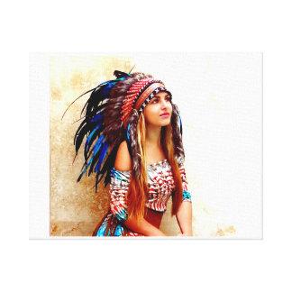Colores vibrantes del guerrero indio impresión en tela