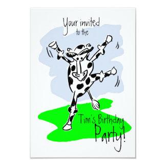 Coloridos del dibujo animado de la vaca del baile invitación 8,9 x 12,7 cm