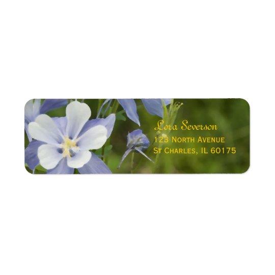 Columbine azul florece el remite etiquetas de remite