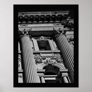 Columnas oscuras póster