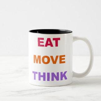 Coma el movimiento piensan la taza