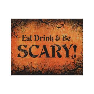 Coma la bebida y sea decoración asustadiza de