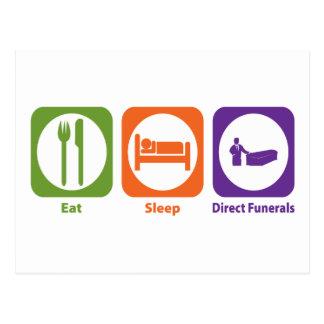 Coma los entierros directos del sueño tarjeta postal