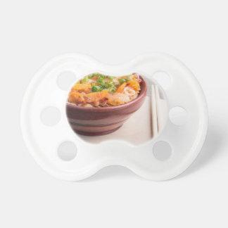 Comida asiática del primer de los tallarines y de chupete