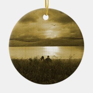 Comida campestre perdida de la puesta del sol ornamento de navidad