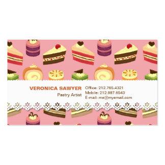 Comida fría de la torta (rosa) con la tarjeta de v tarjetas de visita