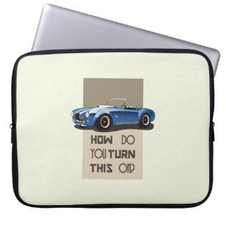 Cómo usted da vuelta a esto en el coche azul de la funda para ordenador