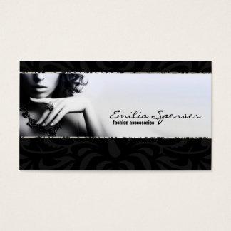 Complementos y tarjeta incoloros de la joyería