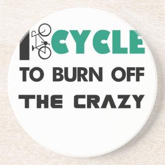 Completo un ciclo para consumir el loco, bicicleta posavasos de arenisca