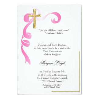 Comunión rosada de la cruz de la cinta invitación 12,7 x 17,8 cm