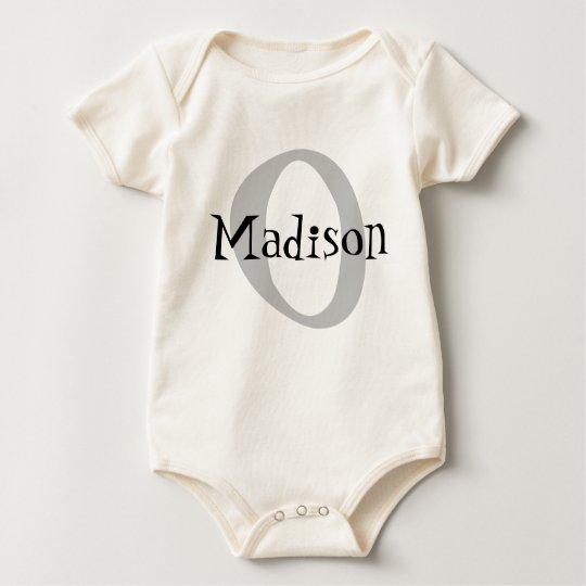 Con monograma body para bebé