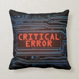 Concepto del error crítico cojín decorativo