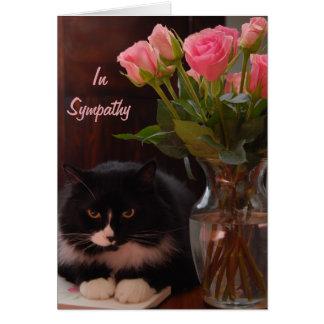 Condolencia de la pérdida del gato con los rosas tarjeta de felicitación