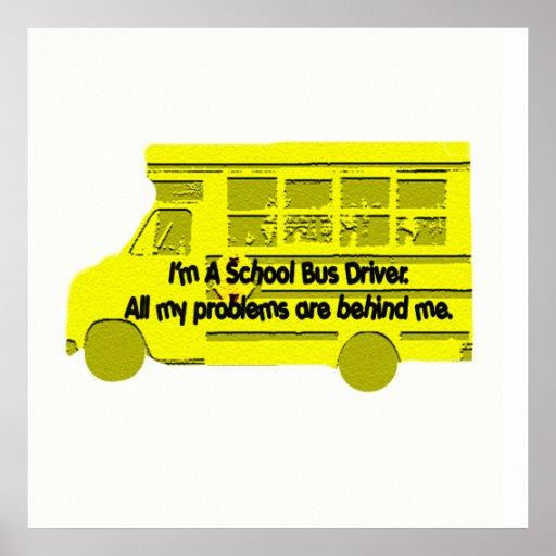 autobús detrás