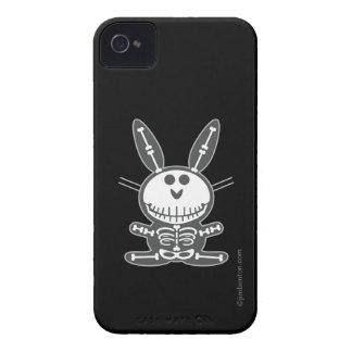 Conejito esquelético Case-Mate iPhone 4 cárcasas