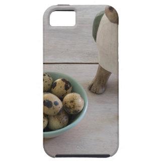 Conejito y huevos en un cuenco funda para iPhone SE/5/5s