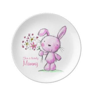 conejo de conejito rosado lindo de la MOMIA del ♥ Platos De Cerámica