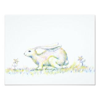 Conejo del arco iris invitación 10,8 x 13,9 cm