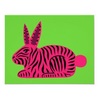 Conejo rosado de la cebra anuncio