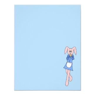 Conejo rosado que lleva un Cupcake. Comunicado