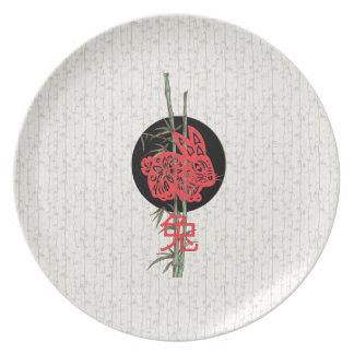 Conejo (zodiaco chino) plato de comida