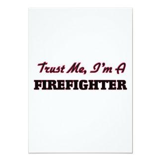 Confíe en que yo es bombero invitación 12,7 x 17,8 cm