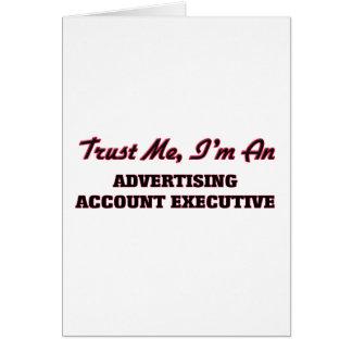 Confíe en que yo es ejecutivo de cuenta de tarjeta de felicitación