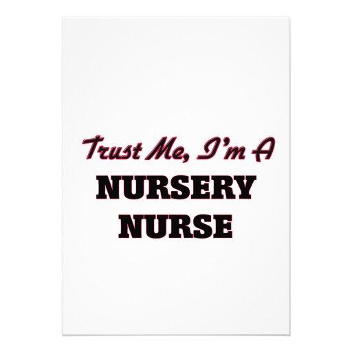 Confíe en que yo es enfermera del cuarto de niños comunicado
