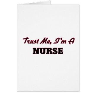 Confíe en que yo es enfermera tarjeton
