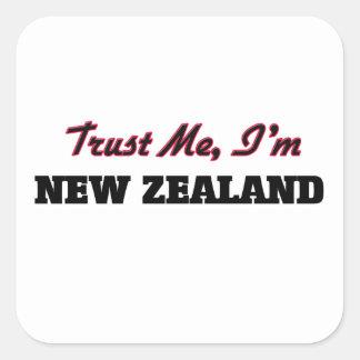 Confíe en que yo es Nueva Zelanda Pegatina Cuadrada