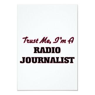 Confíe en que yo es periodista de radio invitación 8,9 x 12,7 cm