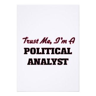 Confíe en que yo es un analista político invitaciones personalizada