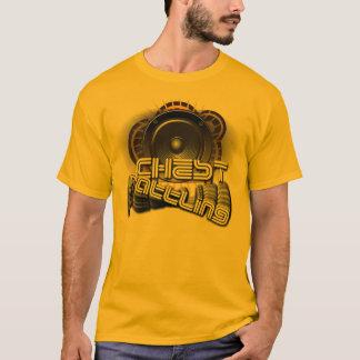 """""""Confusión del pecho """" Camiseta"""