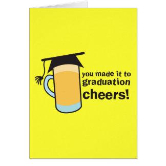 ¡congratuations que usted graduó! Vidrio de CERVEZ Tarjeta De Felicitación