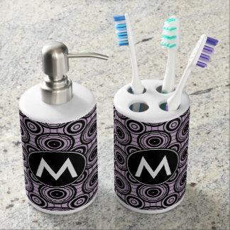 Conjunto De Baño Círculos negros y violetas con el monograma de