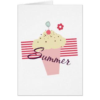 Cono de helado del verano tarjeta de felicitación