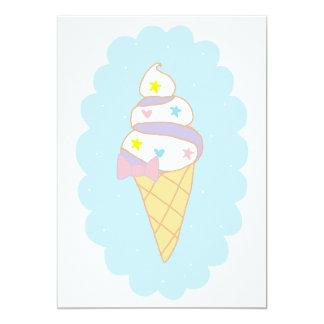 Cono de helado lindo del remolino invitación 12,7 x 17,8 cm