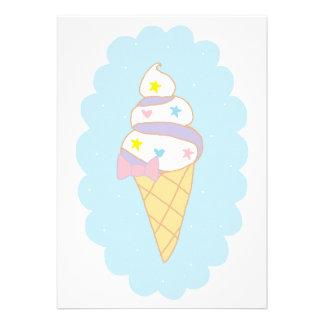 Cono de helado lindo del remolino