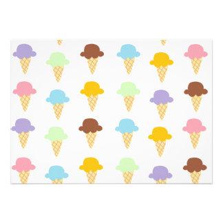Conos de helado coloridos anuncio