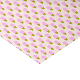 Conos de helado rosados papel de seda