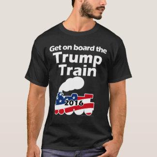 Consiga a bordo del tren Donald Trump para el Camiseta