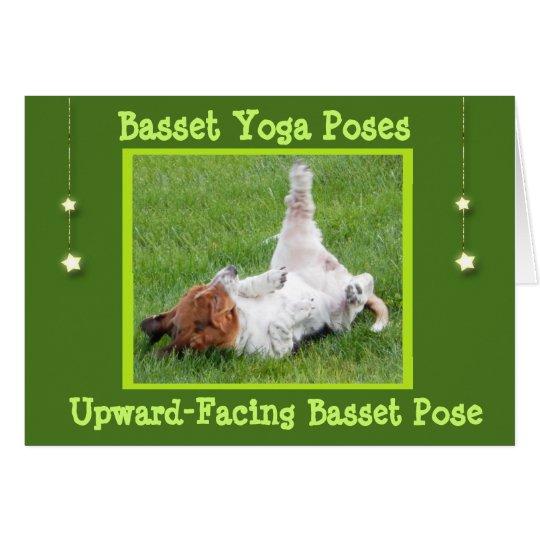 Consiga las actitudes bien de la yoga de la tarjeta de felicitación