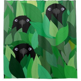 Consumición de la cortina de ducha del cuervo