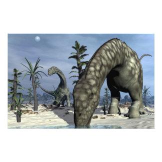 Consumición del dinosaurio del Argentinosaurus Papelería