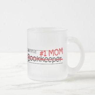 Contable de la mamá del cargo taza de café esmerilada