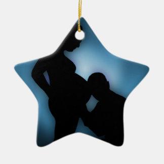 contar con al bebé adorno navideño de cerámica en forma de estrella