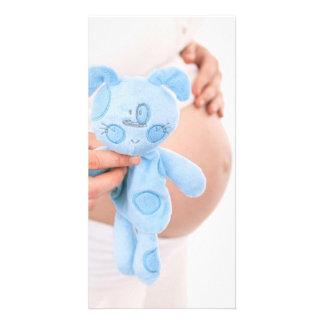 Contar con al bebé --Tarjeta de nota embarazada de Tarjeta Fotografica