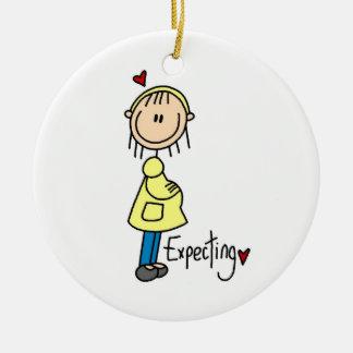 Contar con las camisetas y los regalos del bebé adorno redondo de cerámica